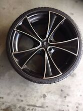 B.M.S Tyres (Holden commodore) North Tivoli Ipswich City Preview