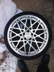TWO SETS OF ROTIFORM BLQS 19 INCH ON TIRES