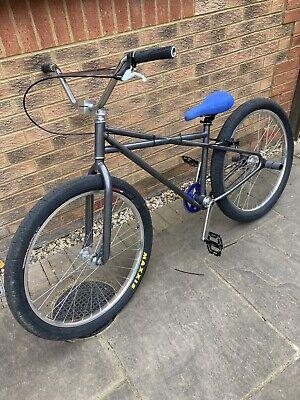 STR Quadrangle Bike