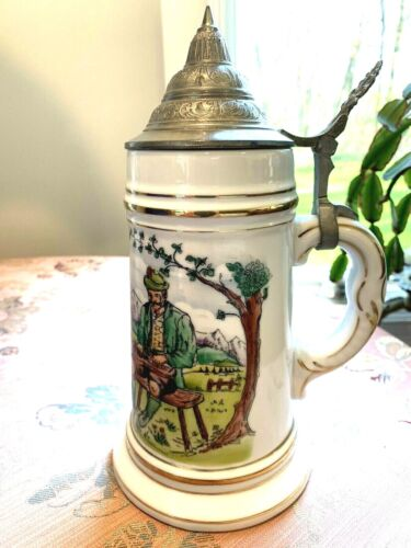 Vintage German Lidded Stain with Nude Lithophane