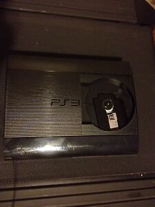 Ps3 500GB with 2 controllers + games