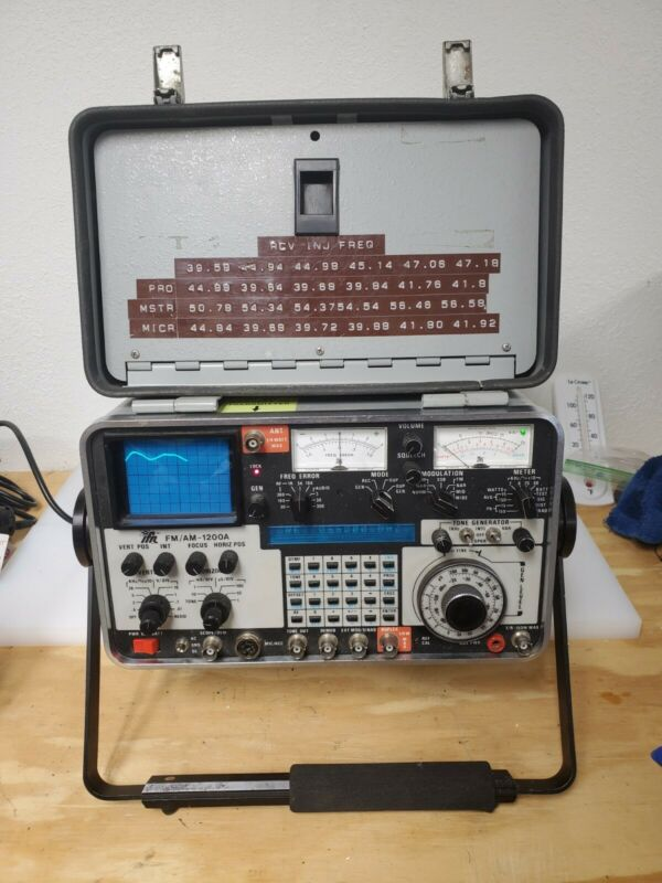 IFR FM/AM-1200A Communications Service Monitor