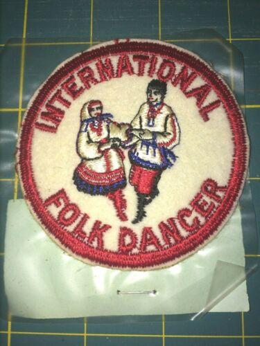 VINTAGE INTERNATIONAL FOLK DANCER PATCH (BRONX, NY).