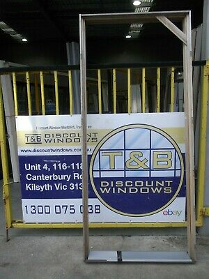 Timber Door Entry 2405H x 1055W (Item 4136) KDHW