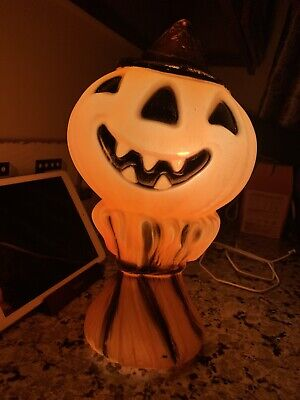 Vintage 1969 Empire Plastics Corp. Blow Mold Halloween Pumpkin Scarecrow Light