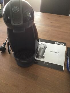 Delonghi Nescafé Dolce Gusto Coffee Machine With Instructions