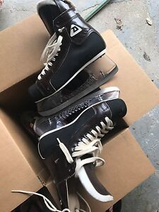Patins de glace professionnel stainless steel size 7