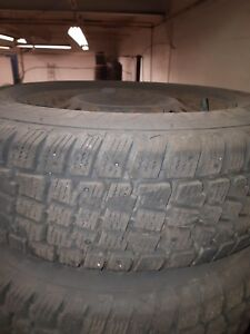 Winter tires  215/70/R15 with rims