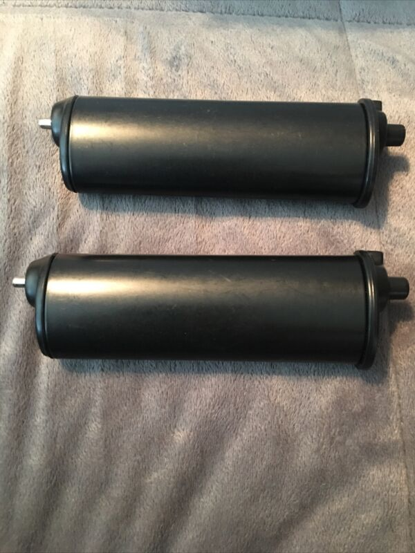 2- New Bobrick Replacement Toilet Paper Spindle To Holder