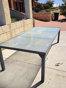 Outdoor table Wanneroo Wanneroo Area Preview