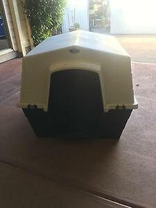 Plastic dog kennel - large Surrey Downs Tea Tree Gully Area Preview