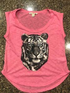 Ladies shirt small