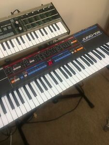 Roland Juno 106 Analog Synthesizer