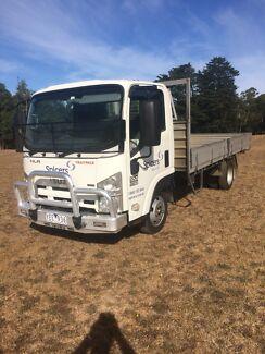 Isuzu NLR 200 45-150 traypack