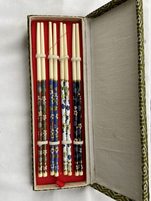 Vintage Chinese Cloisonne Chopsticks Fancy Floral Set of 4 pairs with Box