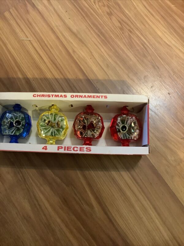 Vintage Christmas Jewel Brite Plastic Diorama Bell Ornaments In Original Box