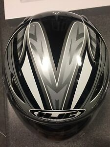 HLC motorcycle cycle helmet medium in new condition