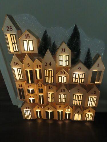 Pottery Barn LIGHT UP GLITTER HOUSES ADVENT CALENDAR-NEW-OPEN BOX