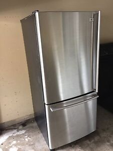 Can deliver/ lg ss  fridge bottoms freezer  great condition