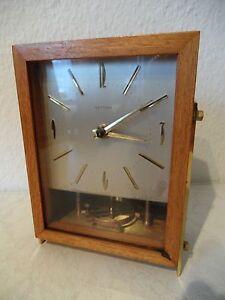 Design Tischuhr HETTICH mit Batterie Uhrwerk von Kienzle 50er-60er Jahre (B820)