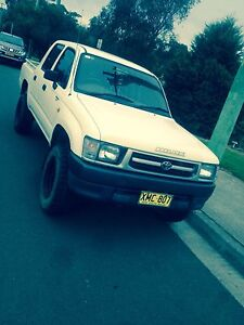 2001 duel cab Toyota hilux 4x4 manual long rego Nelson Bay Port Stephens Area Preview