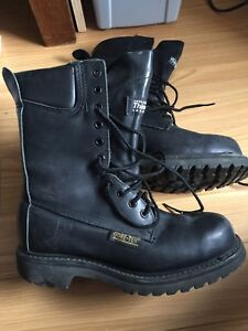 Gently used Gore-Tex Prospector Leather Boots Womens 7 1/2 2E
