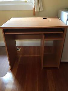 Computer desk Ormond Glen Eira Area Preview