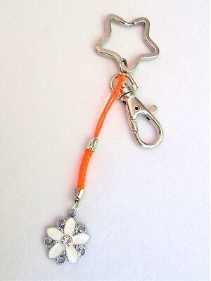 #5275 - STAR SILVERTONE KEYCHAIN WITH LOBSTER CLASP WHITE FLOWER CHARM - LOVELY!