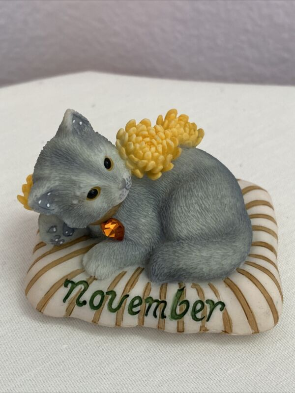 Enesco Cat Of The Month Calico Kittens November Topaz Priscilla Hillman 2000