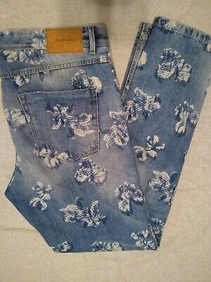 Womens Zara Premium Wash Boyfriend Distressed Flower Print Denim Slim Fit Size 8