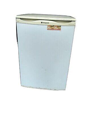 hotpoint, iced diamond fridge, Under Counter