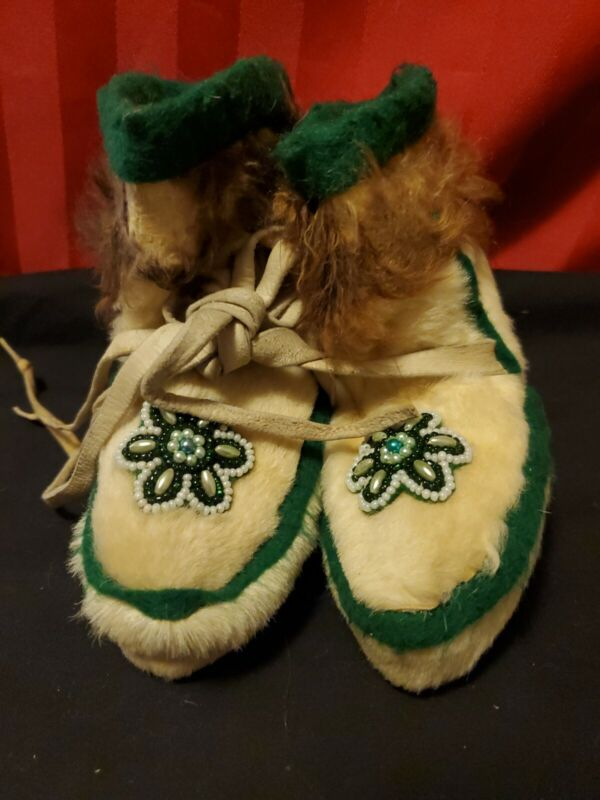 Handmade Baby/Toddler Beaded Moccasins ~authentic Fur And Real Leather