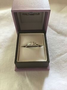 18ct WG 3 Stone Ring 1.00ct East Ryde Ryde Area Preview
