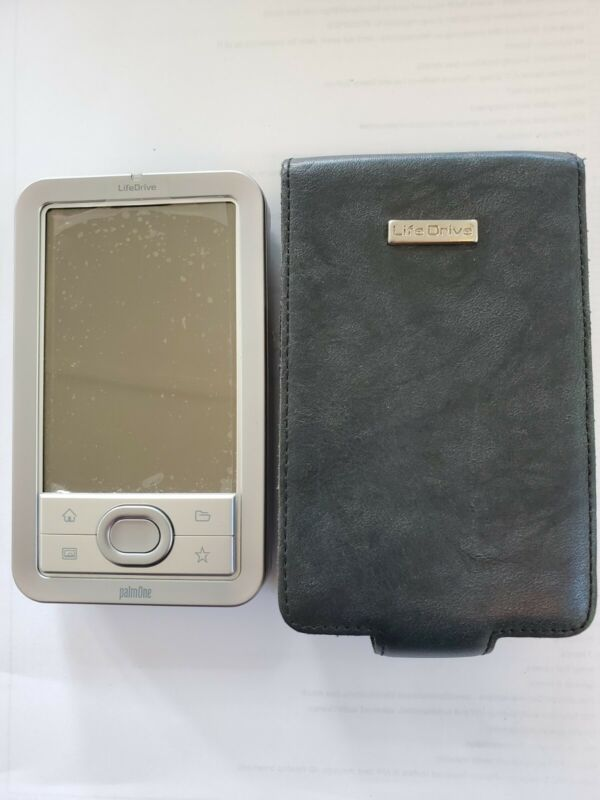 PalmOne LifeDrive w/case and screen protector