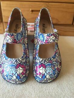 $89 ALEGRA SHOES SIZE 39 - FRIENDS WHITE Frenchs Forest Warringah Area Preview