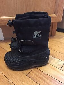Sorel waterproof winter boots -size 8