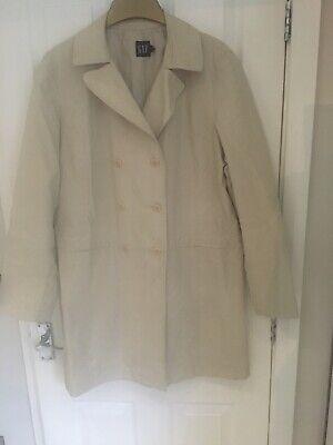 Gap Double Breasted Coat/ Mack Size Large