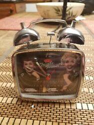 FRIENDS FOREVER VINTAGE I LOVE LUCY  WINDUP TV ALARM CLOCK