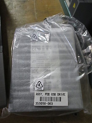 """HP EA763AA 3,5"""" 1.44MB USB External Floppy Diskette Drive Station NEW IN PLASTIC"""