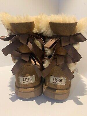 UGG Australia Bailey Bow Chestnut Suede Sheepskin Boots Girls Size 4 No Box