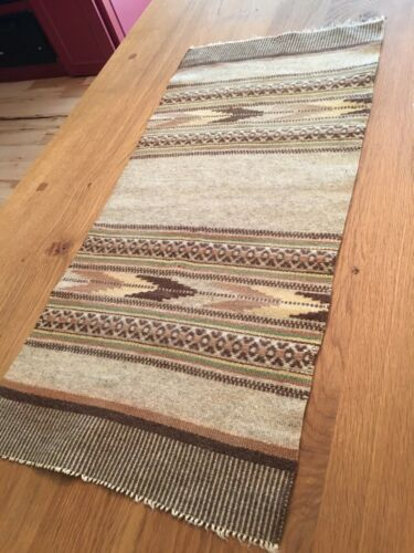 ANTIQUE HAND WOVEN NORWEGIAN WOOL TABLE RUNNER VEGETABLE DYES FROM NORWAY