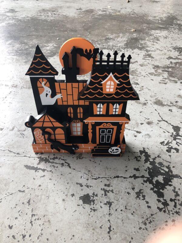Hyde & EEK! Boutique Haunted House Halloween Mini Mantle Decor Building