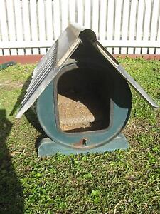 DOG KENNEL SUITABLE FOR SMALL DOG Airport West Moonee Valley Preview