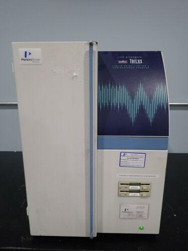 Wallac 1450 MicroBeta TriLux Liquid Scintillation Counter