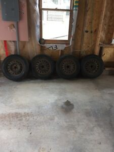 215/65/16 Federal Himalaya studded winter tires
