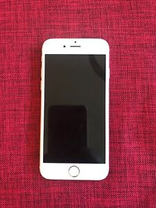 iPhone 6 64 gb Gold - Mint Condition