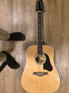 Acoustic Guitar - Almost Never Used