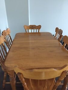 Dining table set - $250