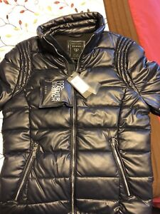 Puffer brand new guess male jachet in blue color