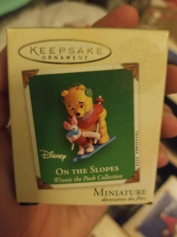 2002 Hallmark Disney Winnie the Pooh On The Slopes Miniature Ornament NIB NEW IN